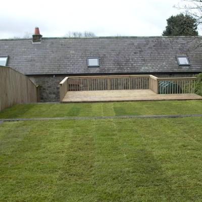domestic fencing, Domestic fencing contractor, pembrokeshire fencing, fencing pembrokeshire, garden fence, garden fencing,